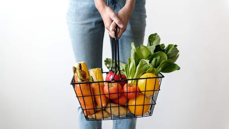 photo panier de fruits et légumes