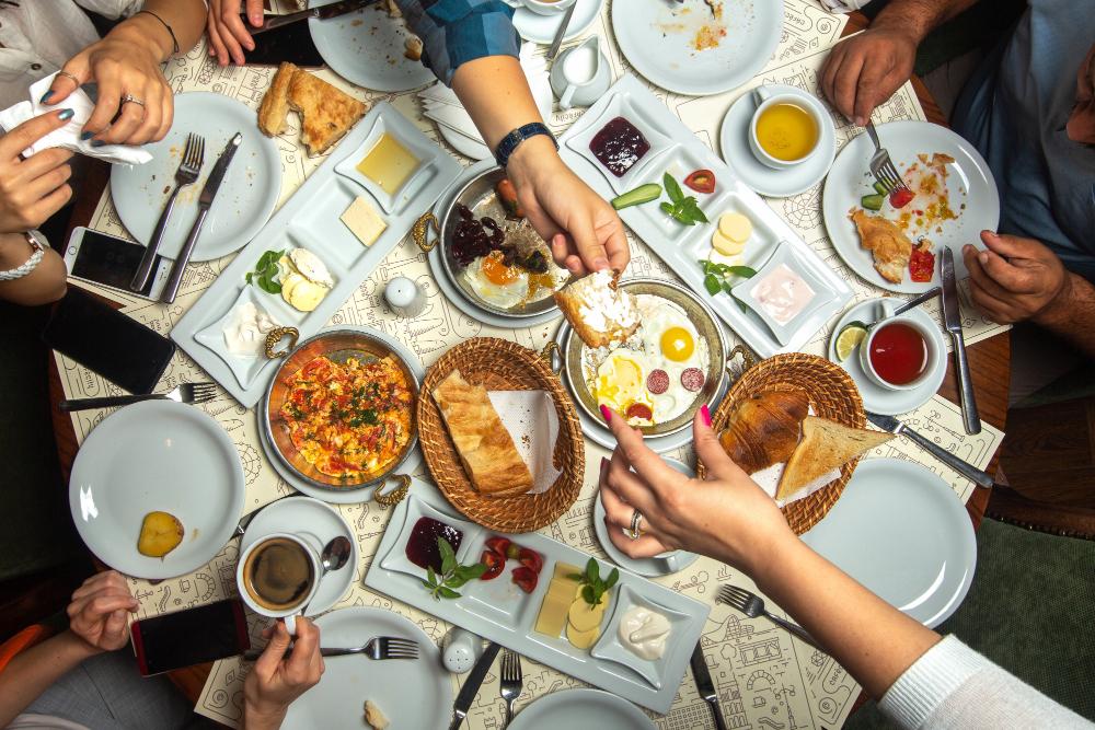 repas entre amis bandeau